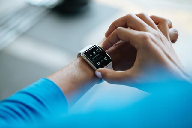 Modny smartwatch