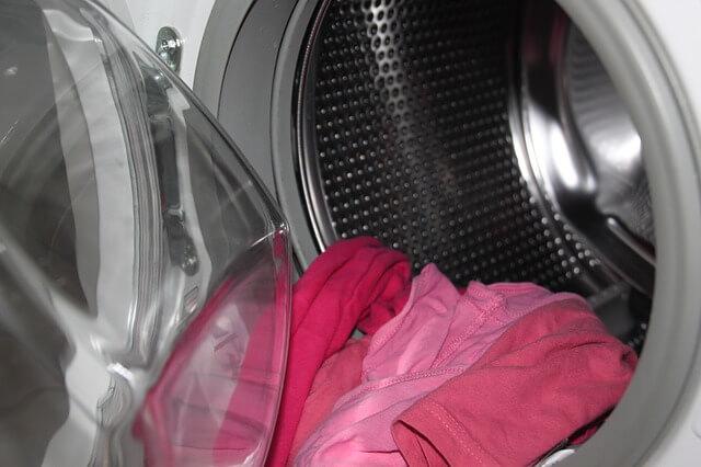 rzeczy leżące w pralce