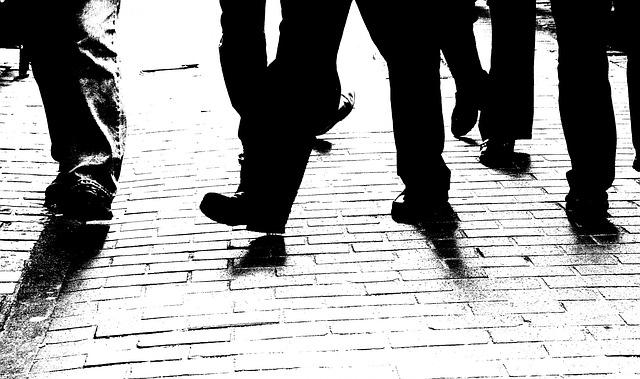 Czarne spodnie do garnituru