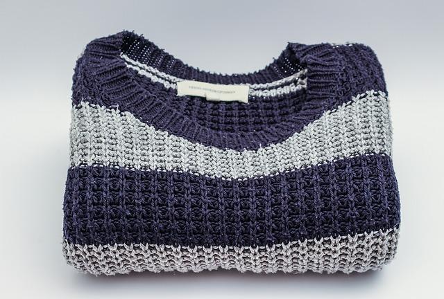 Sweter w paski wełniany