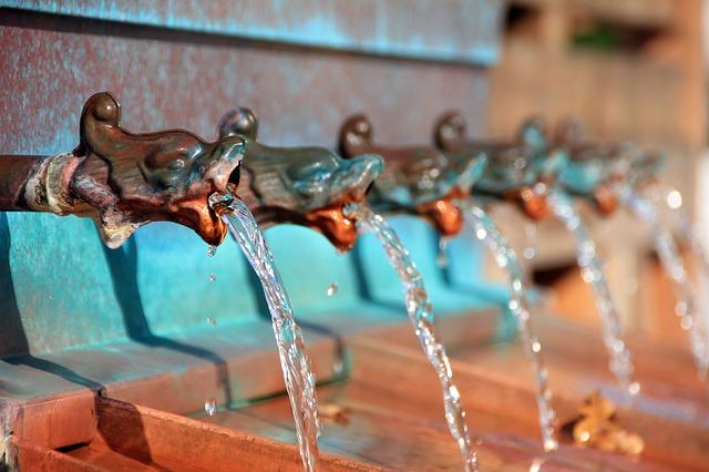 Woda płynąca z kranów